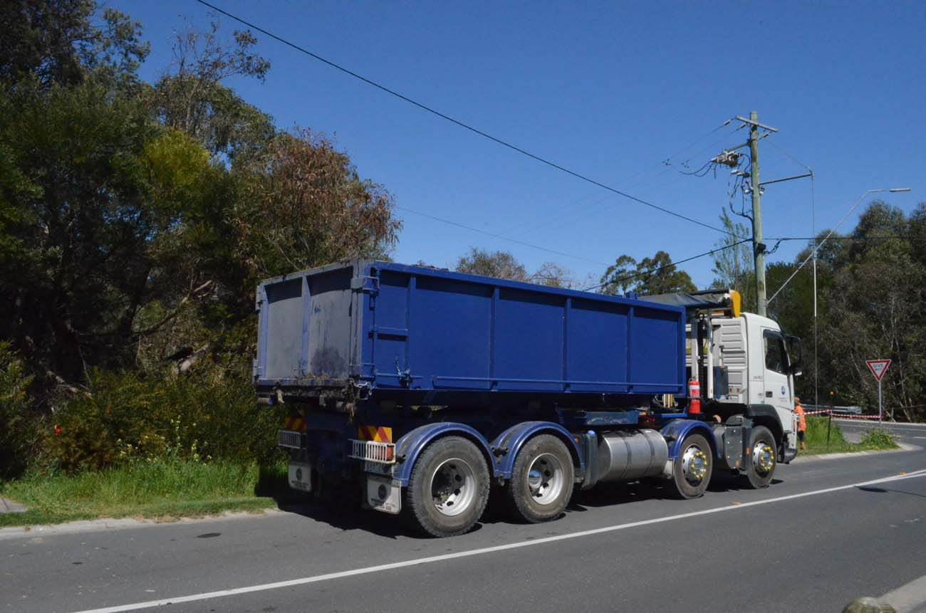 CSA fleet - hooklift truck